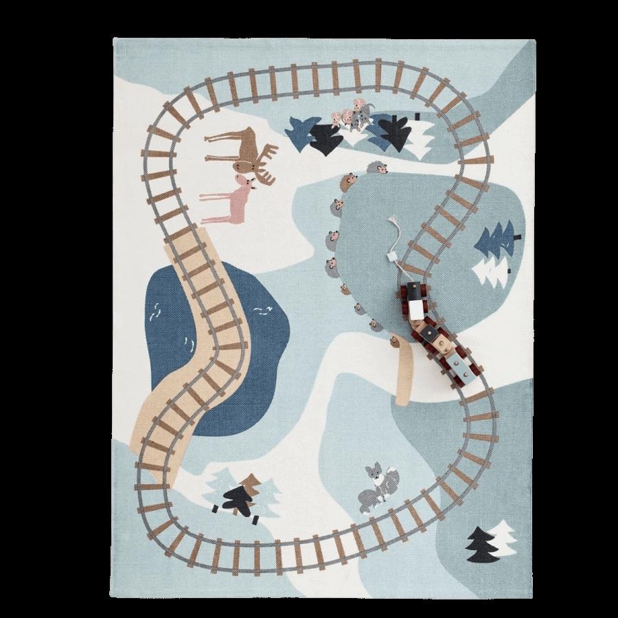Kids Concept hrací koberec pre deti Koľaje Edvin 130x170 cm
